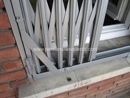 reixa de ballesta per finestra