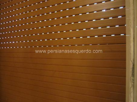 persiana enrotllable domèstica de plàstic en color fusta